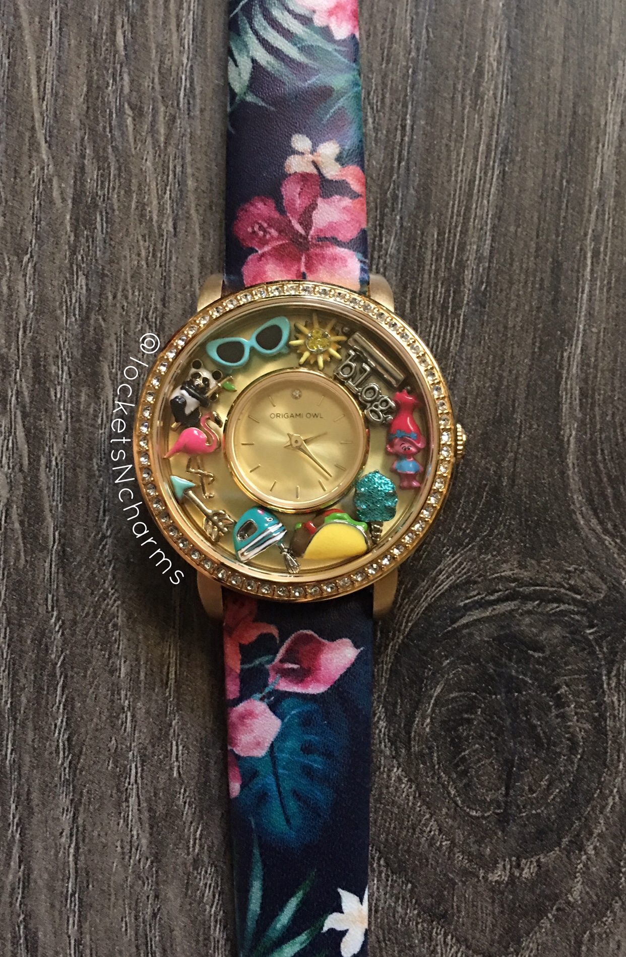 How to Make an Origami Owl | LoveToKnow | 1898x1242